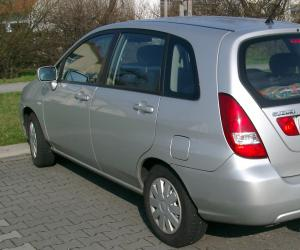 Suzuki Liana photo 1