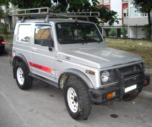 Suzuki SJ 410 photo 1