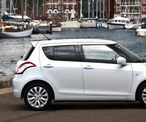 Suzuki Swift photo 9