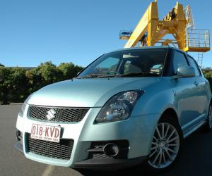 Suzuki Swift photo 14