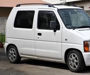 Suzuki Wagon R photo 1