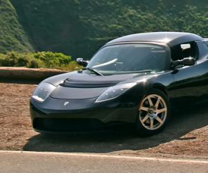 Tesla Roadster photo 10
