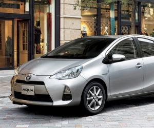 Toyota Aqua Hybrid photo 16
