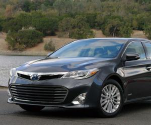 Toyota Avalon photo 3