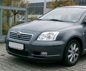 Toyota Avensis photo 2