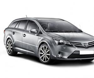 Toyota Avensis photo 14
