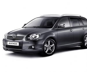 Toyota Avensis 2.0 D-4D photo 7