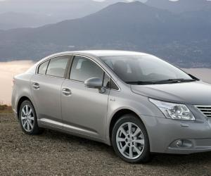 Toyota Avensis 2.0 D-4D photo 12