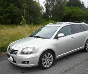 Toyota Avensis 2.2 D-CAT image #13