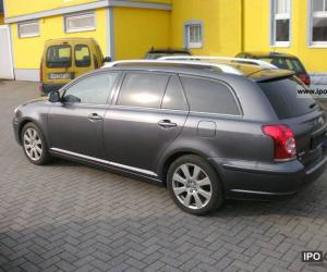 Toyota Avensis Combi Travel photo 3