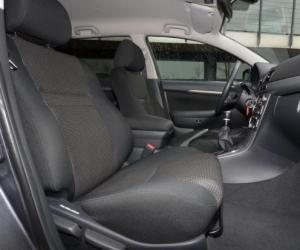 Toyota Avensis Combi Travel photo 6
