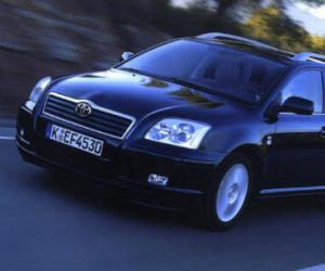 Toyota Avensis Combi Travel photo 10