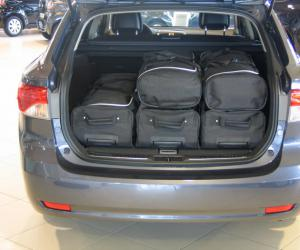 Toyota Avensis Travel photo 3