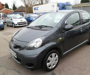 Toyota AYGO 1.0 photo 11