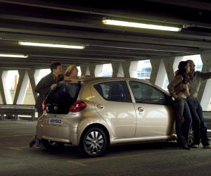 Toyota AYGO ckIN2U photo 8