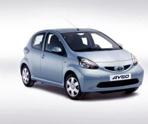 Toyota AYGO Cool photo 2