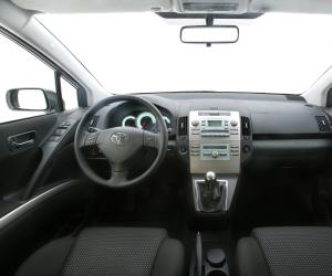 Toyota Corolla Verso photo 13