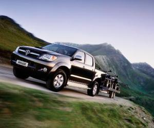 Toyota Hilux 2.5 D-4D photo 5