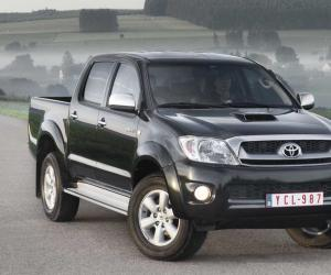 Toyota Hilux 2.5 D-4D photo 10