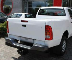 Toyota Hilux Double Cab 2.5 D-4D 4x4 photo 3
