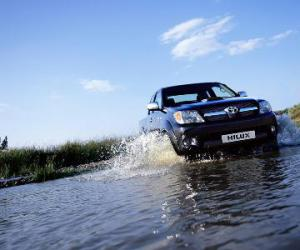 Toyota Hilux Double Cab 2.5 D-4D 4x4 photo 4