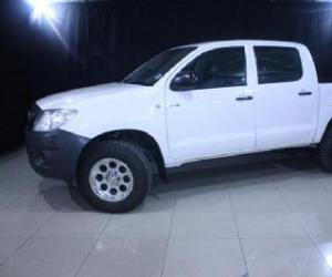 Toyota Hilux Double Cab 2.5 D-4D 4x4 photo 10