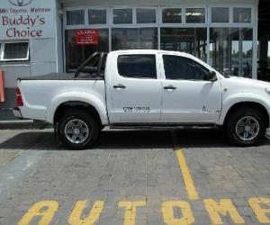 Toyota Hilux Double Cab 2.5 D-4D 4x4 photo 14