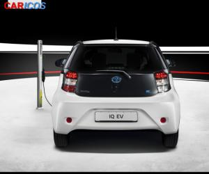 Toyota iQ EV photo 13