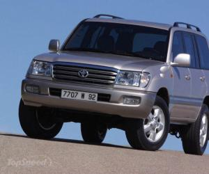 Toyota Land Cruiser 100 photo 7