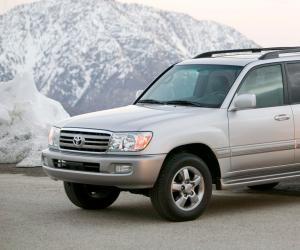Toyota Land Cruiser 100 photo 15
