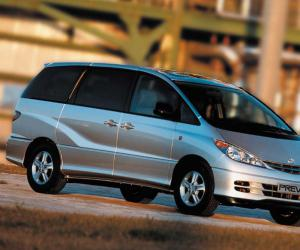 Toyota Previa photo 3