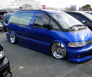 Toyota Previa photo 8