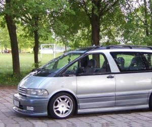 Toyota Previa photo 10