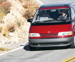 Toyota Previa photo 17