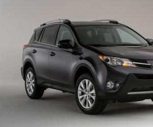 Toyota RAV4 photo