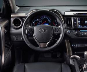 Toyota RAV4 photo 3