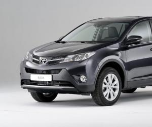 Toyota RAV4 photo 4