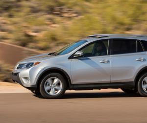 Toyota RAV4 photo 8