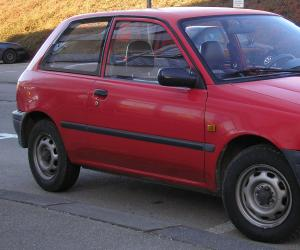 Toyota Starlet photo 1