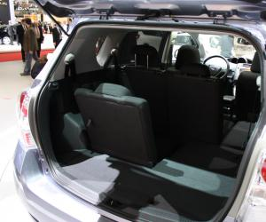 Toyota Verso photo 7