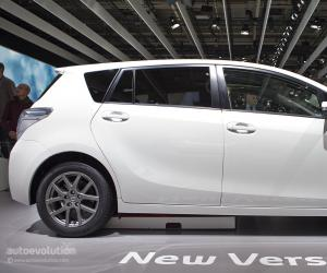 Toyota Verso photo 12