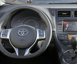Toyota Verso photo 16