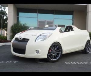 Toyota Yaris photo 6
