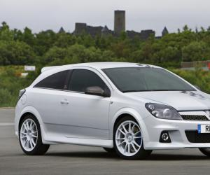 Vauxhall Astra photo 1