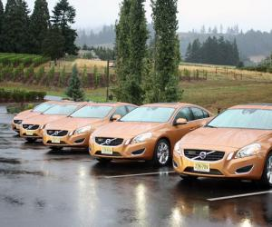 Volvo S60 Move photo 11