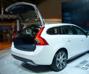 Volvo V60 Plug-in-Hybrid photo 9