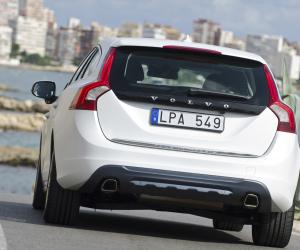 Volvo V60 Plug-in-Hybrid photo 12