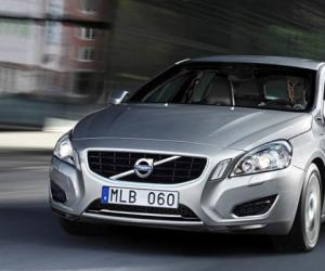 Volvo V60 Plug-in-Hybrid photo 13