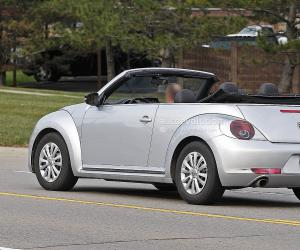 VW Beetle Cabrio photo 1