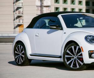 VW Beetle Cabrio photo 5